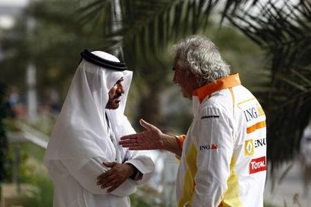 Bernie Ecclestone sitúa a Flavio Briatore como futuro promotor de la Fórmula 1 en 2012.