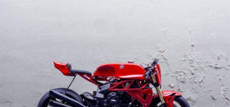 Deberías hidratarte antes de ver la MV Agusta Ago TT, el homenaje de Deus Ex Machina a Agostini