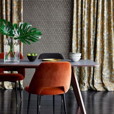 Jane Churchill presenta Atmosphere, una sofisticada y colorida colección de textiles y papeles pintados