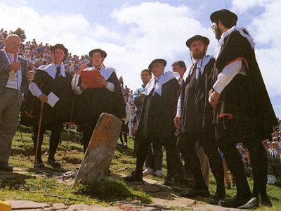 El Tributo de las Tres Vacas, entre pueblos del Pirineo, se paga desde hace seis siglos