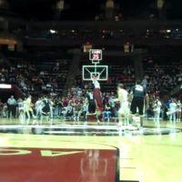 Mike Olivella te muestra cómo fotografiar partidos de baloncesto