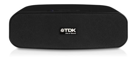 TDK TW-212, compacto altavoz bluetooth que funciona con pilas