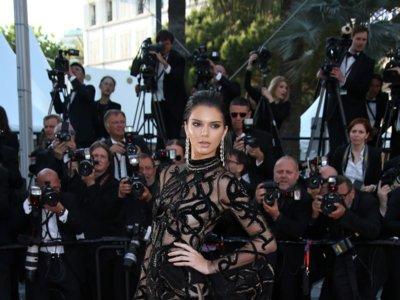 El clan Kardashian nos da lecciones sobre cómo posar para parecer más delgadas