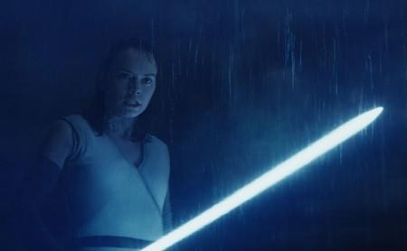El director de 'Star Wars: Los últimos jedi' explica cómo decidió la identidad de los padres de Rey