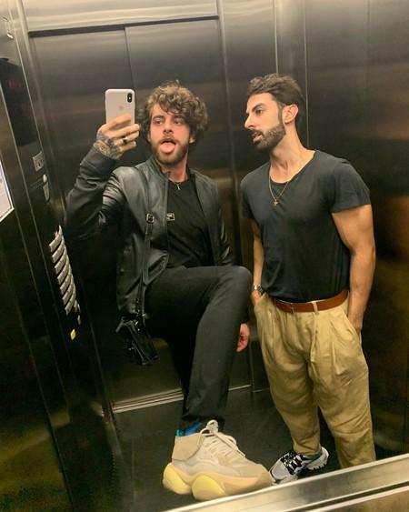 Los mejores looks de la semana no se ven en las calles, sino en las selfies tomadas en el elevador