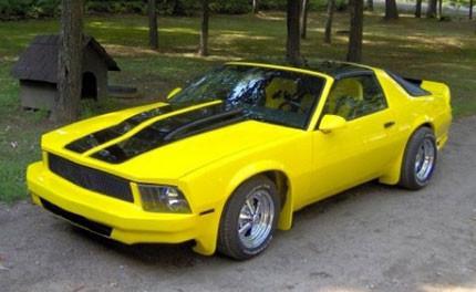 Experimentos genéticos con ponys: Camaro convertido en Mustang