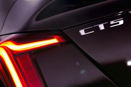 Cadillac Ct5 11