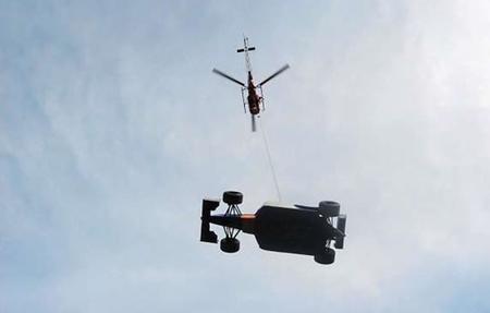 Una empresa suiza ofrece sus helicópteros para evitar los peligros de las grúas de recuperación