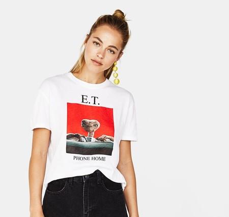 Los grandes iconos de los 90 (y anteriores) vuelven a nosotros convertidos en las camisetas más molonas de este verano