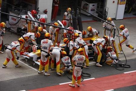 Una tuerca vuelve a cruzarse en el camino de Fernando Alonso en Hungría