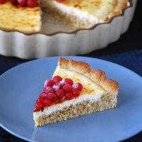 Receta de tarta de queso y grosellas con base rústica de centeno