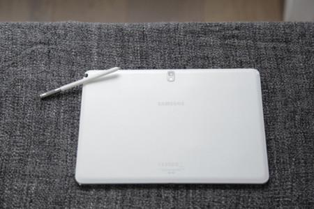 Trasera del Note 10.1 Samsung