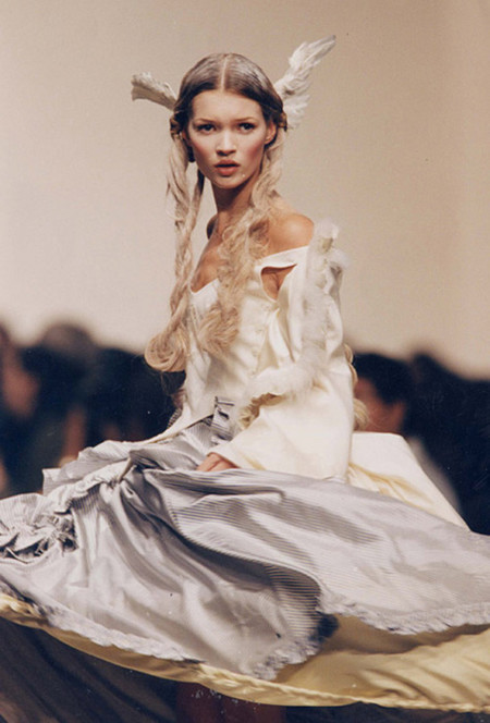 13 looks de Galliano para no olvidar