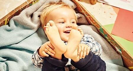 pies de los niños