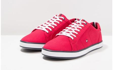 20e046ef4c8 45% de descuento en las zapatillas Harlow de Tommy Hilfiger en rojo ...
