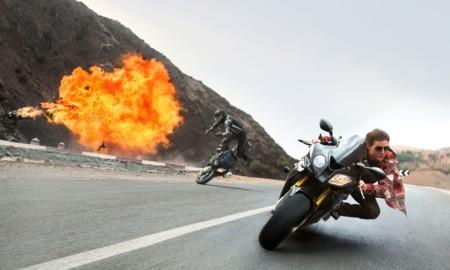 Tom Cruise flipando en Misión Imposible, porno y Spielberg en los trailers de la semana