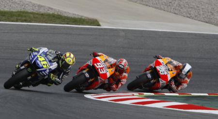 Motorpasión a dos ruedas: el carrerón de MotoGP en Catalunya y la toma de contacto HD Street 750