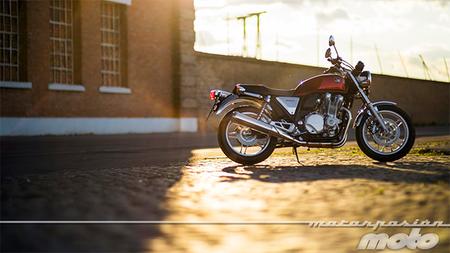 Motorpasión a dos ruedas: prueba Honda CB1100, motores rotativos y la ansiada Kawasaki Z300