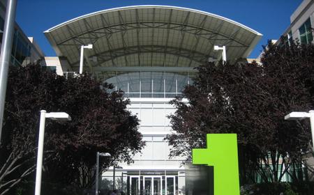 Una demanda acusa a Apple de tratar a sus empleados como esclavos