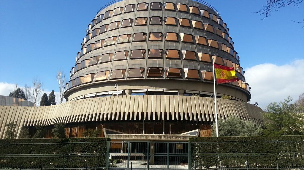 El Constitucional admite a trámite el recurso contra el spam electoral y la recogida de opiniones políticas en internet