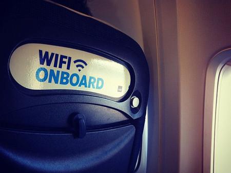 Iberia anuncia wifi en sus vuelos pero...