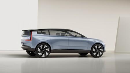 Volvo Recharge Concept 2