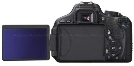 canon-600d-pantalla-abatible.jpg