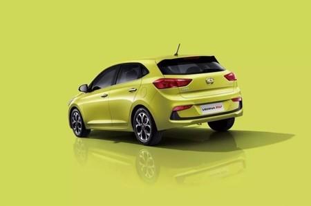 ¡Sin avisar! El Hyundai Accent Hatchback apareció en México incluso antes que en Google