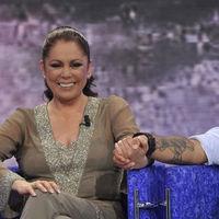 Jorge Javier Vázquez confirma la fecha de estreno de 'Supervivientes 2019', que viene con Isabel Pantoja incluida