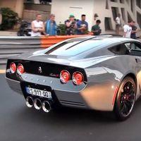 Iba en serio: El primer Equus Throwback ya está rodando por Mónaco, y sus 1.000 CV suenan a gloria
