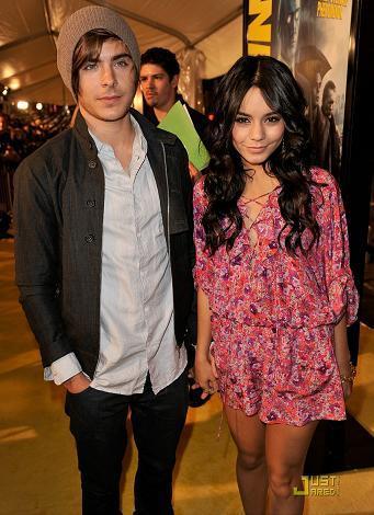 Zac Efron y Vanessa Hudgens, la pareja mejor vestida de 2009