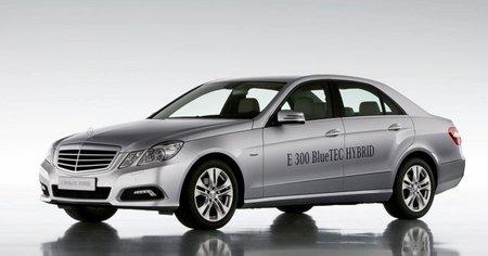 El Mercedes E 300 BlueTEC Hybrid llegará en Septiembre