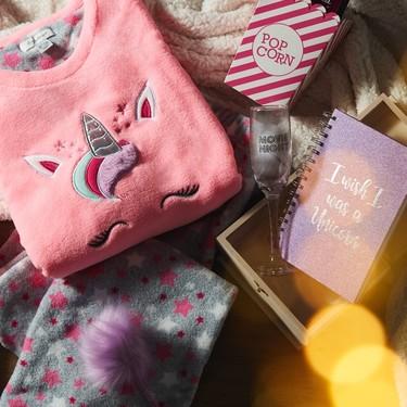 21 ideas de regalo para el amigo invisible que encontrarás en Primark (por menos de 15 euros)