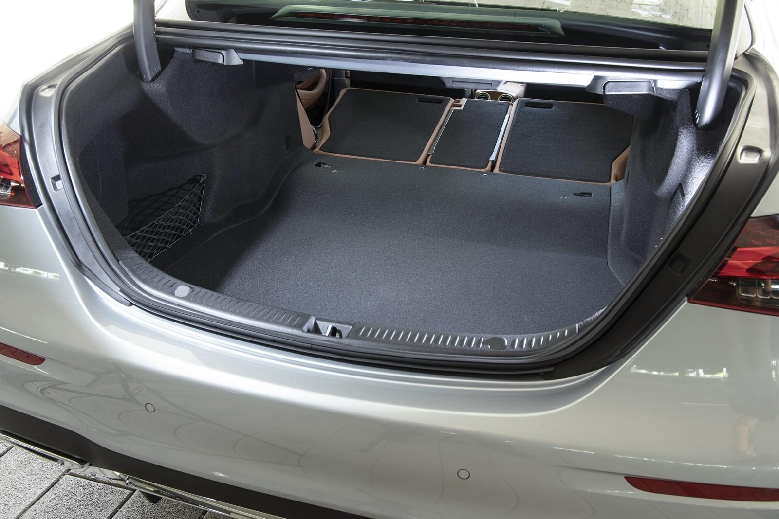 Foto de Mercedes-Benz Clase E 2020, prueba contacto (14/135)