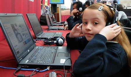 Los niños en México hacen buen uso de Internet y redes sociales: Cartoon Network