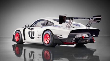 Porsche 935 moderno