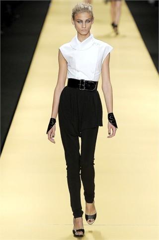 Foto de Karl Lagerfeld en la Semana de la Moda de París Primavera-Verano 2009 (5/32)