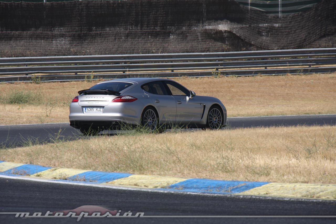 Foto de Porsche Panamera GTS (Prueba) (120/135)
