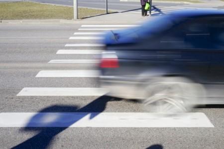 Pintura vial antideslizante - paso de peatones