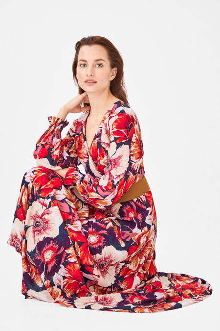 Cortefiel mujer tiene estos 15 vestidos tan bonitos de nueva temporada (y también en rebajas) para lucir en primavera