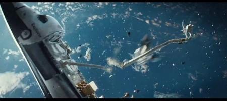 La prenda de vestir más peligrosa de la historia y otros 5 datos sorprendentes sobre la basura espacial
