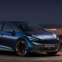 El CUPRA El-Born es el primer hot-hatch eléctrico de la firma española, y no tendrá versión SEAT