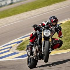 Foto 42 de 68 de la galería ducati-monster-1200-s-2020-color-negro en Motorpasion Moto