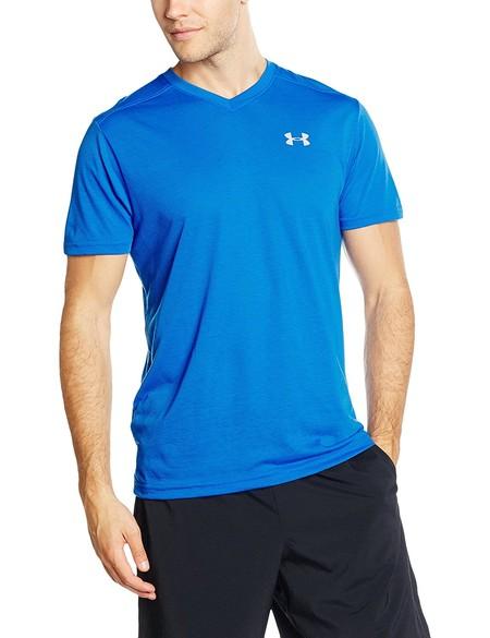 f97f1dbd212b6 Si usas la talla M atención  camiseta deportiva Under Armour en azul por  sólo 12