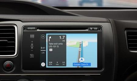 Así luce en acción CarPlay, la manera de tener iOS en tu automóvil