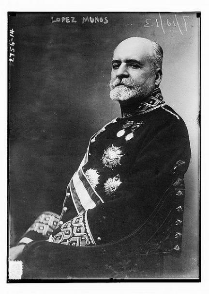 Las fotografías de algunos de los grandes bigotes de la historia