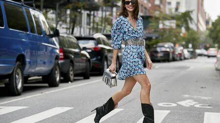 Vestidos de flores y botas: los años 70 inundan el otoño. Creamos cinco looks ideales inspirados en el street style
