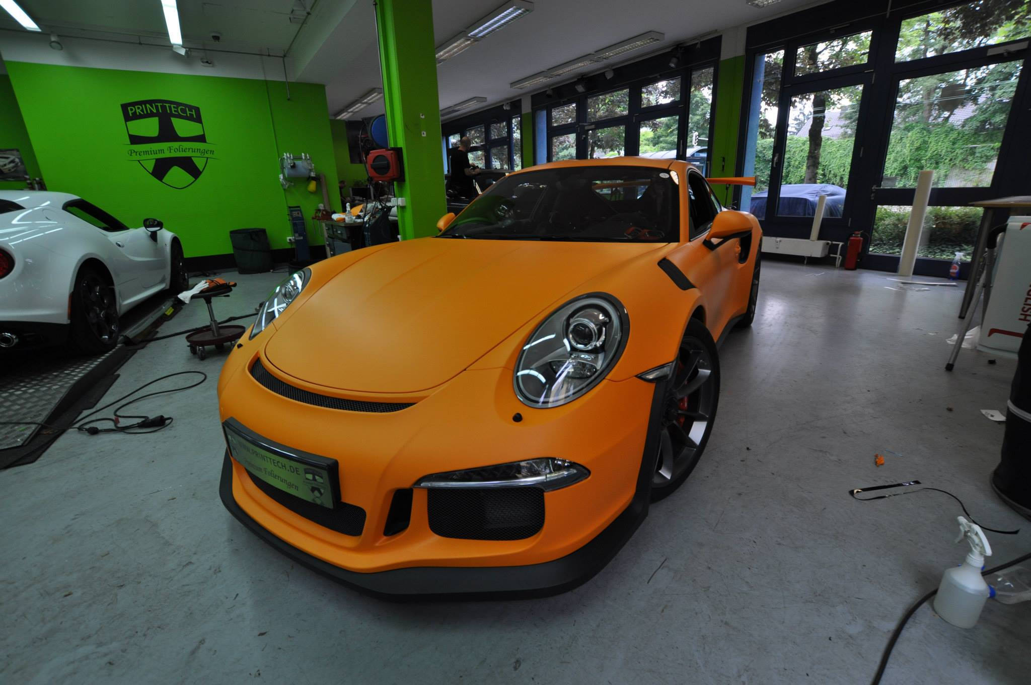 Foto de Porsche 911 GT3 RS naranja mate (4/12)