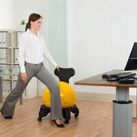 Trucos posturales y objetos para evitar los dolores de espalda: qué hay de cierto y qué hay de mito