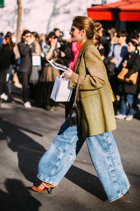 Cazadoras, chaquetas y abrigos de cuadros para acompañar tu otoño-invierno 2019/2020 según las normas del Street Style